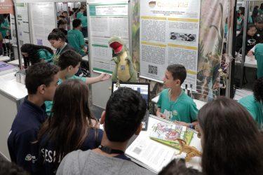 FIciencias abre inscrições para estudantes apresentarem seus projetos de pesquisa
