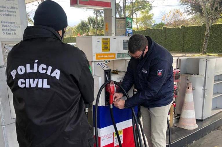 Ação flagra 181 postos de combustíveis com irregularidades no Paraná