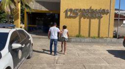 Mãe é presa após vender filha por R$ 200 para comprar drogas