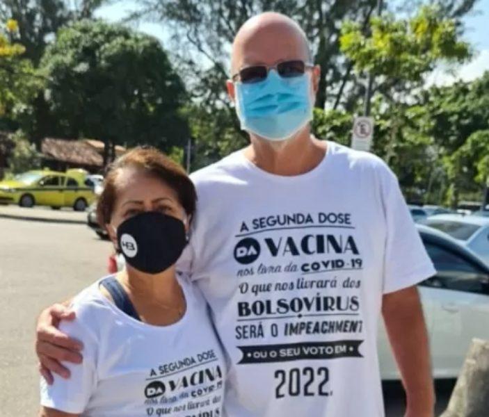 Professor é impedido de tomar segunda dose por usar camiseta contra Bolsonaro