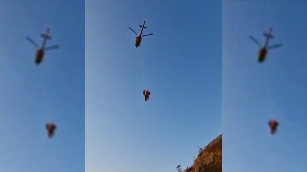 Homem cai de 12 metros de altura no Morro do Capivari e é resgatado de helicóptero