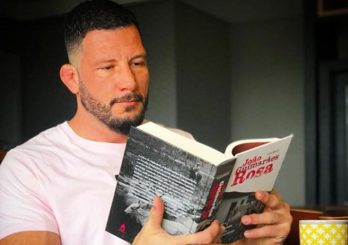 Boa da Pan entrevista o jornalista Rogério Tavares; confira