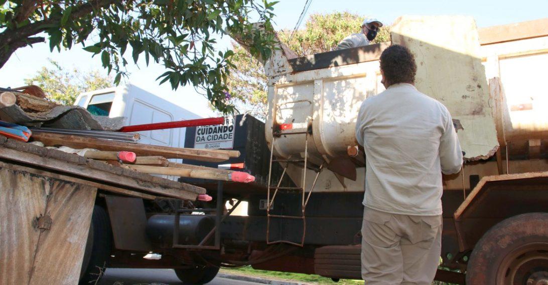 37 caminhões de lixo são recolhidos no mutirão 'Unidos Contra a Dengue', em Londrina