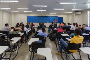 Universidade abre inscrições para transferência e reaproveitamento de diploma em cursos de graduação