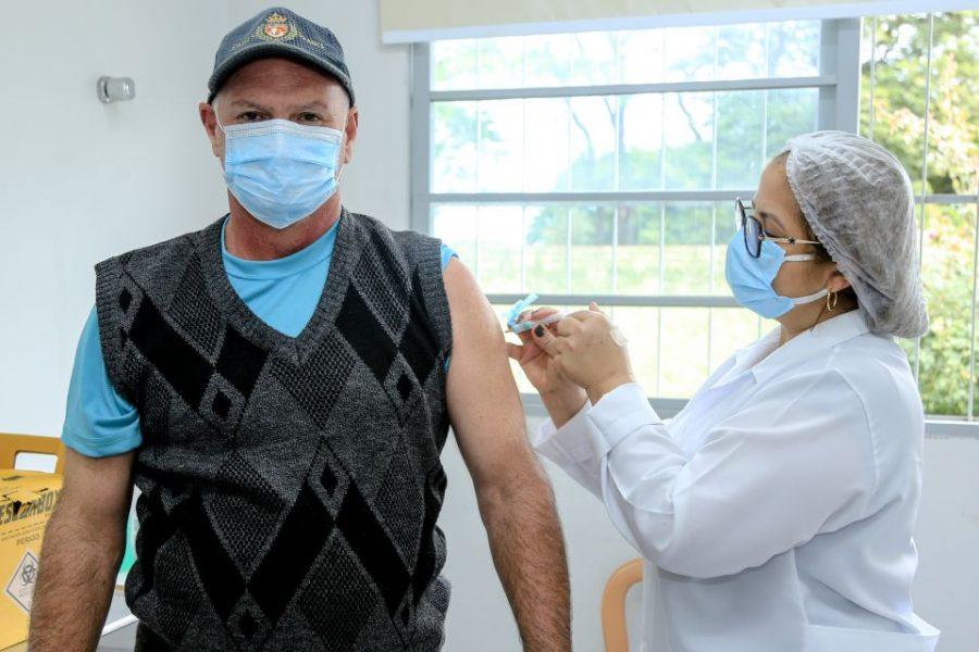 Maringá mantém apenas vacinação para 2ª dose contra coronavírus nesta quarta (14)