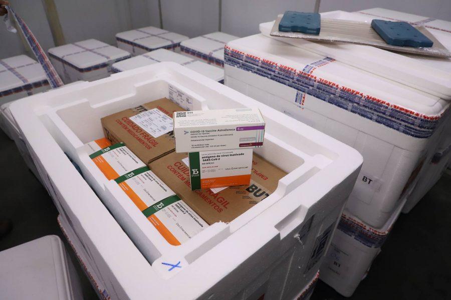 Curitiba amplia repescagem da vacina contra a Covid-19 para nascidos até 1985 nesta sexta-feira (30)