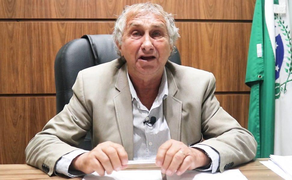 Vacinas que ficaram em geladeira aberta ainda são eficazes, diz prefeito de Sarandi