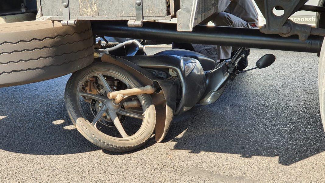 Motociclista morre em acidente com caminhão na PR-317