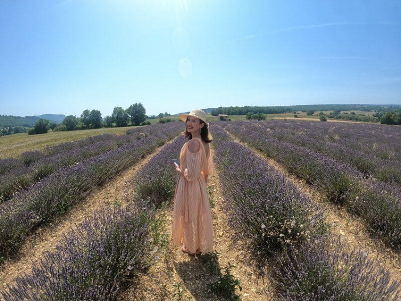 Masterclass com renomada perfumista natural revela os segredos da lavanda na perfumaria