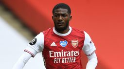 Jogador do Arsenal pede para deixar o clube nas redes sociais