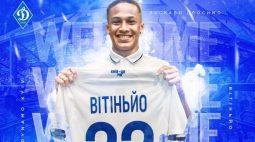 Atacante Vitinho, negociado pelo Athletico, é apresentado no Dínamo de Kiev, da Ucrânia