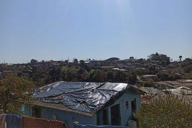 """""""O estrago foi grande"""": moradores de Campo Largo sofrem com chuva de granizo que atingiu a cidade"""
