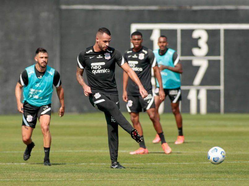 Renato Augusto faz primeiro treino com o grupo desde retorno ao Corinthians