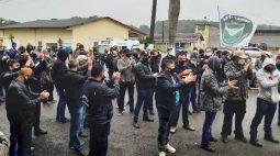 Policiais penais cruzam os braços em protesto nesta quarta (04)