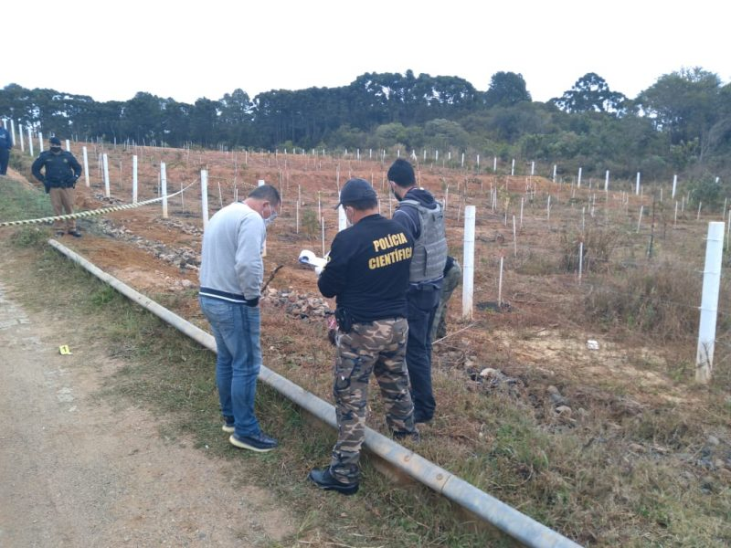 Casal é encontrado morto próximo à barragem, em Piraquara
