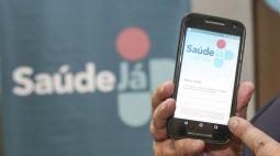 Curitibanos que terão dose de vacina antecipada neste sábado (25) serão avisados por app; saiba como