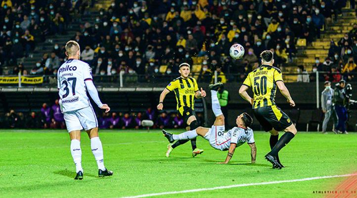 Athletico se torna o clube com mais vitórias fora de casa na história da Copa Sul-Americana