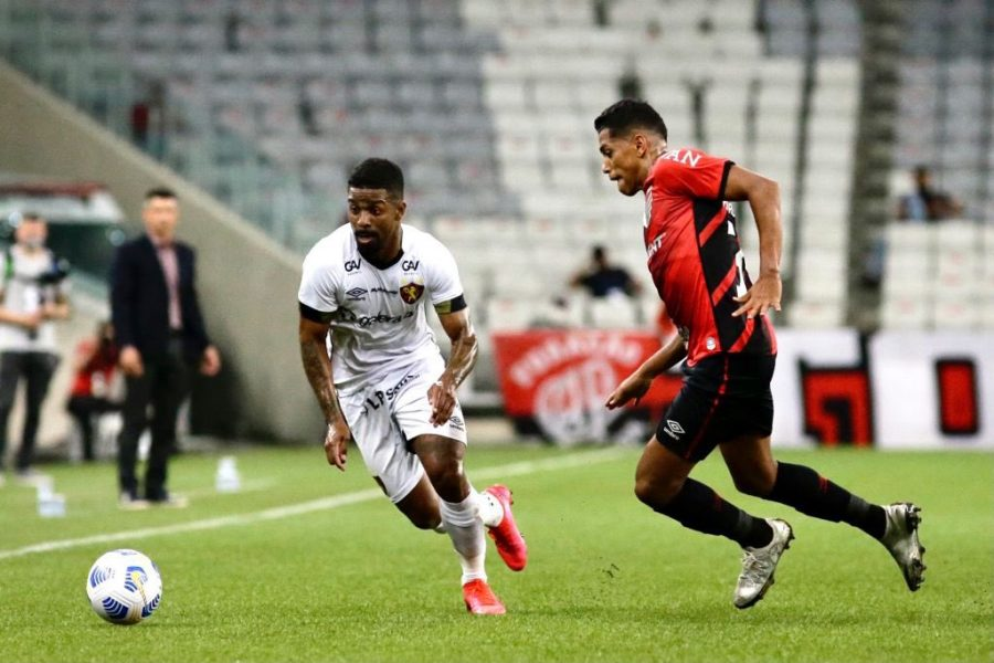Athletico e Sport empatam por 0 a 0 em jogo sem grandes emoções