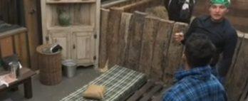 VÍDEO: Camisinha escondida intriga peões em A Fazenda 13