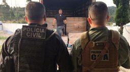Polícia encontra caminhão com carga de alimentos roubada na grande Curitiba