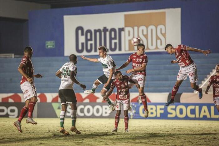 Jogando no Couto Pereira, Coritiba nunca foi derrotado pelo Vila Nova