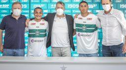 Coritiba renova o contrato de dois jogadores das categorias de base