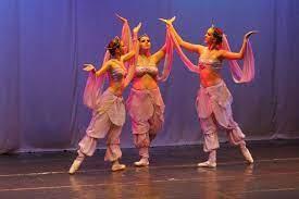 Dança, teatro, música e cinema: confira a agenda cultural de Maringá desta semana