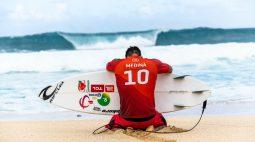 Gabriel Medina se consagra tricampeão mundial de surfe