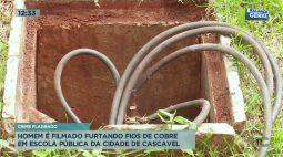 Homem é filmado furtando fios de cobre em escola da cidade de Cascavel