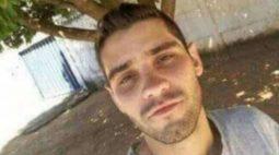 Homem mata sobrinho, enterra corpo no quintal, se arrepende e desenterra cadáver