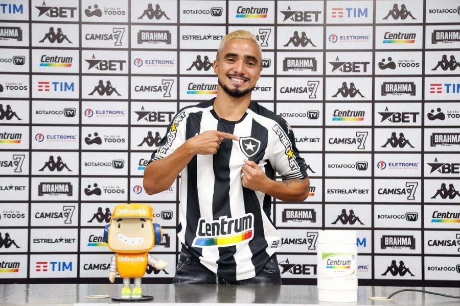 Recém-contratado pelo Botafogo, Rafael revela sondagem do Fluminense