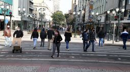 Curitiba registra quatro mortes e 91 casos de covid-19 nesta segunda (25)