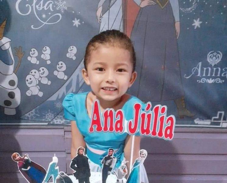 VÍDEO: Menina de 5 anos é morta com tiro na cabeça por suspeito escondido atrás de poste