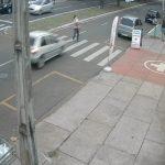 Homem que foi atropelado na faixa de pedestres com a neta no colo morre após receber alta do hospital