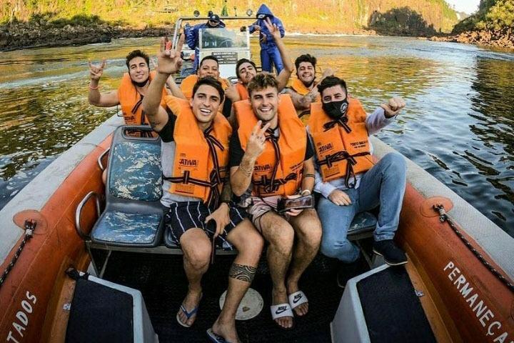 Macuco Safari recebe celebridades durante o feriado da Independência