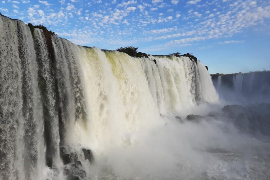 Comtur avalia ações para consolidar retomada do turismo de Foz do Iguaçu