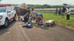 Motociclista fica gravemente ferido ao bater de frente em caminhão no Contorno Norte de Maringá
