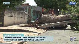 Temporal de sábado causa prejuízos na Rua João de Barro no Ney Braga