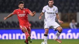 Em jogo de seis gols, Benfica empata com Vitória de Guimarães pela Copa da Liga