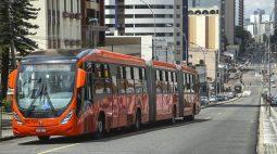 Acidentes no transporte coletivo de Curitiba caíram 46%, diz prefeitura