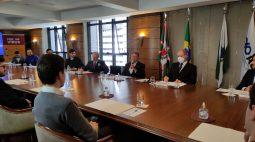Leonardo Petrelli divide experiências em encontro na ACP-PR