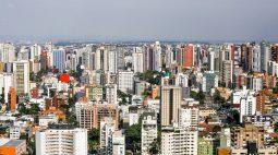 Curitiba registra seis mortes e 89 casos de covid-19 neste sábado (23)