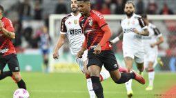 Em grande jogo, Athletico e Flamengo empatam por 2 a 2, na partida de ida da semifinal da Copa do Brasil