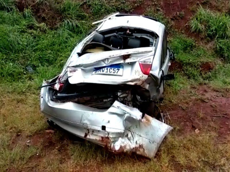 No retorno para casa, familiar de vítima fatal em acidente no Bairro Floresta  capota BMW