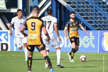 Novorizontino é goleado pelo Manaus na Série C; Criciúma e Paysandu empatam sem gols