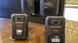 Curitiba irá testar câmeras nas viaturas e em uniformes de guardas municipais