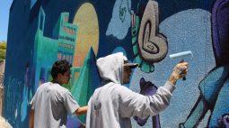 Hospital Evangélico de Londrina ganha grafite em homenagem aos 73 anos de história