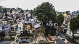 Dia de Finados: cemitérios de Curitiba terão atendimentos religiosos individuais; entenda