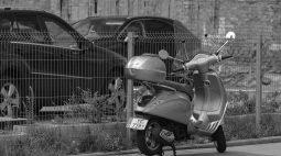 'Amigo' furta moto de mulher enquanto ela passava mal no hospital