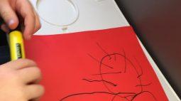 Criança desenha planta carnívora 'erótica' e viraliza nas redes sociais